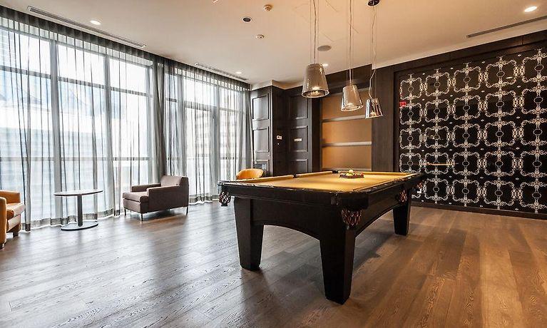 Life Suites Loft Cn Tower Toronto